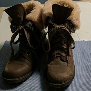 BearPaw lace-up boots